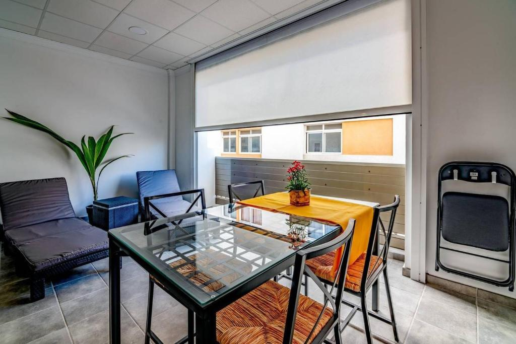 Arrecife Loft 3 Al Lado Del Mar Y Wifi Gratis Apartamento