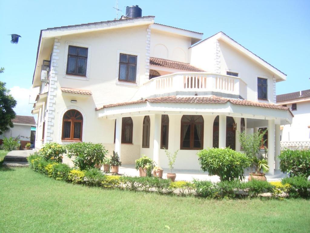 Mweru Villa Bed Breakfast Mombasa