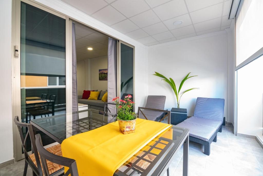 Arrecife Loft 1 Al Lado Del Mar Y Wifi Gratis Apartamento