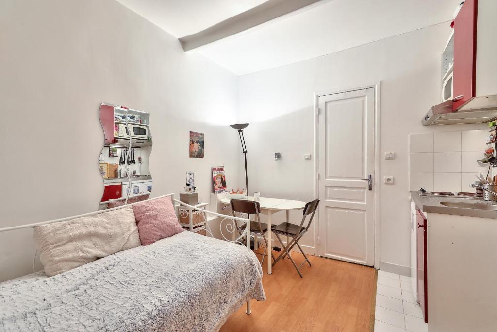 a nice studio in paris 14, appartement paris