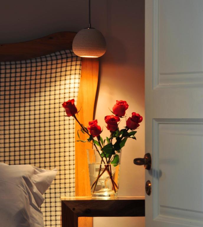 Enjoyable Pleiades Eco Houses Apparthotels Messaria Download Free Architecture Designs Scobabritishbridgeorg