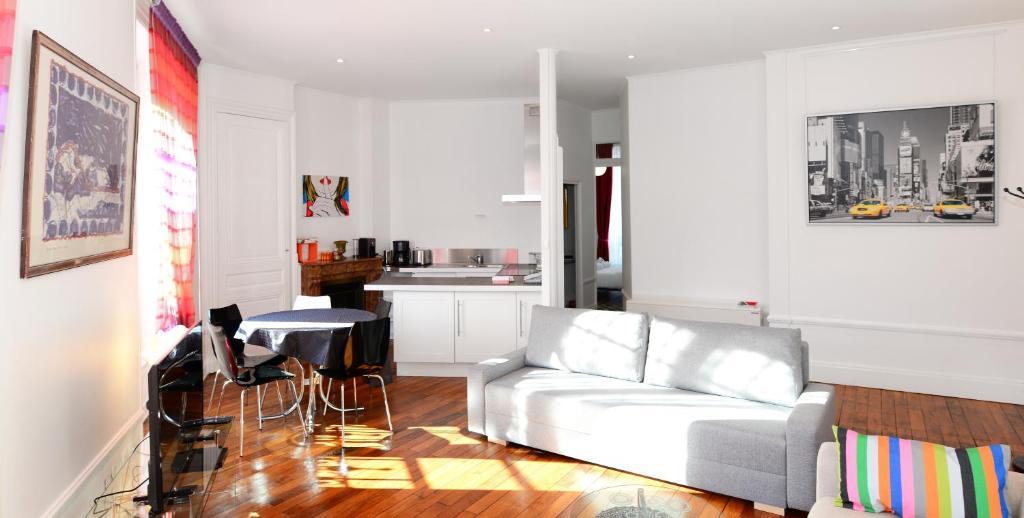 Apartment Jean Mace Appart Ambiance Apartment Lyon