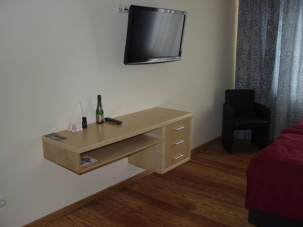 exklusive g stezimmer landau landau in der pfalz informationen und buchungen online. Black Bedroom Furniture Sets. Home Design Ideas