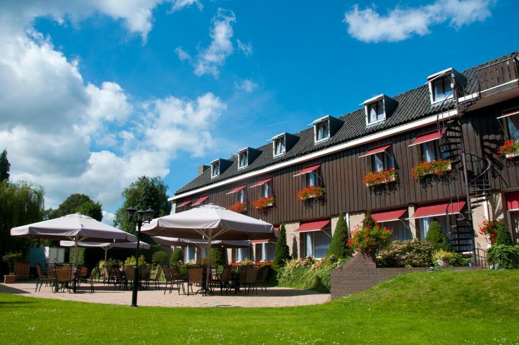 Hotel steensel r servation gratuite sur viamichelin for Reservation gratuite hotel