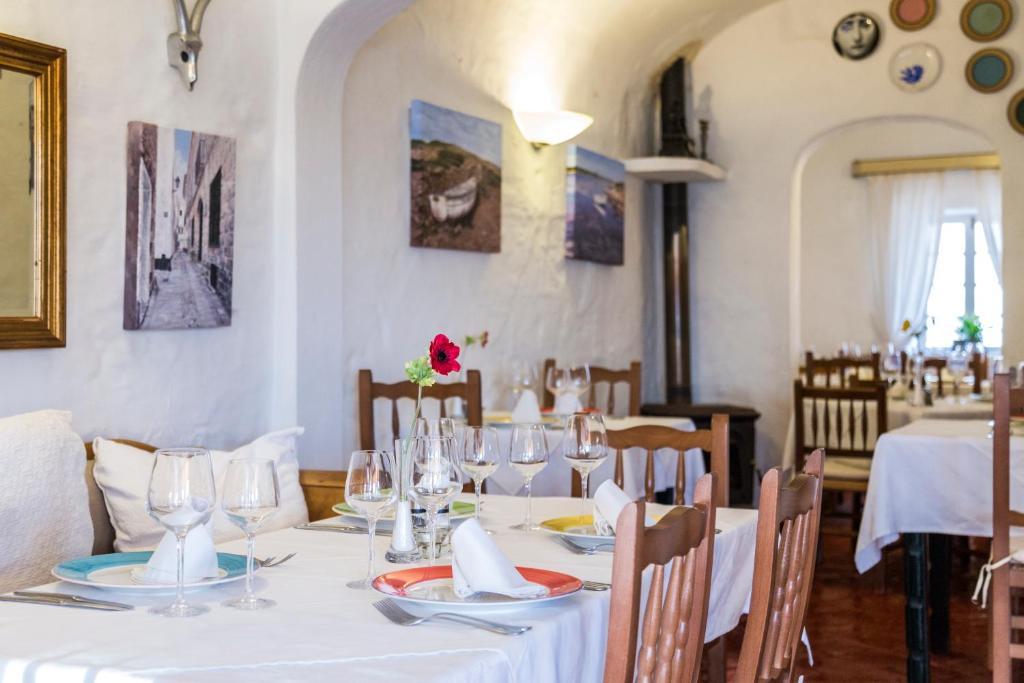 S'engolidor restaurant i fonda