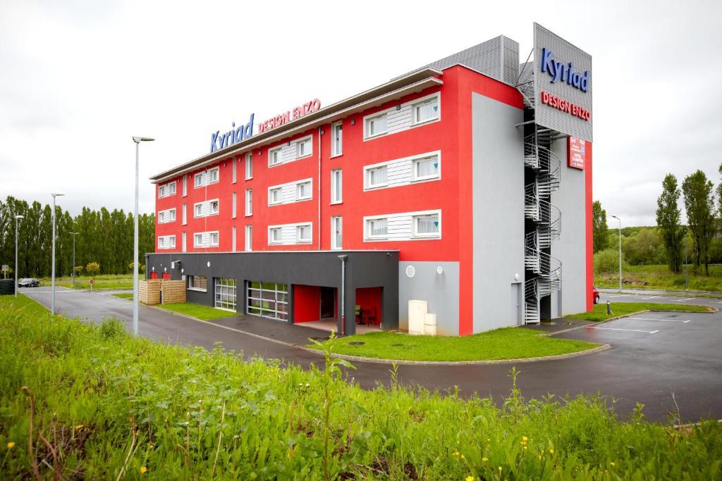 Hotel kyriad design enzo thionville for Appart hotel kyriad