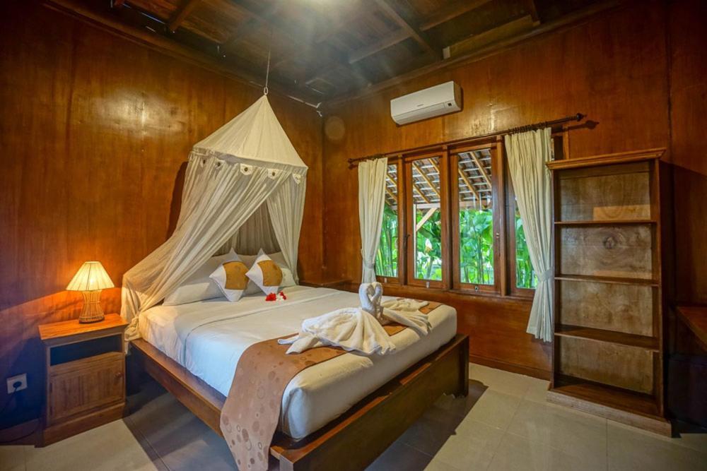 Villa Rumah Kayu Bed Breakfast Ubud