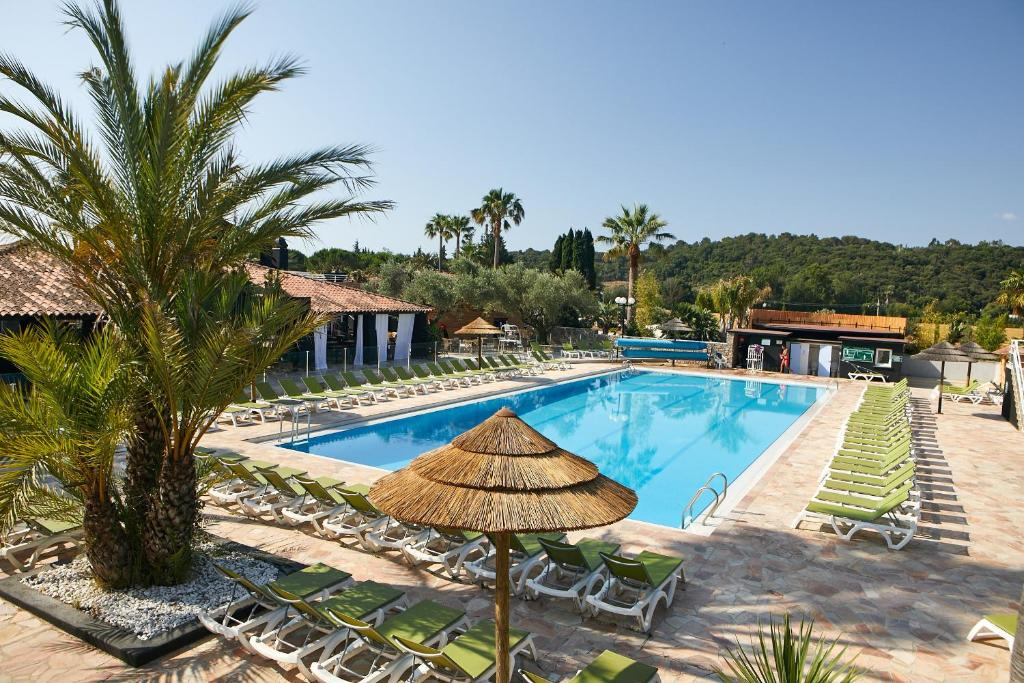 Ecolodge L Etoile D Argens Camping In Saint Aygulf In Le