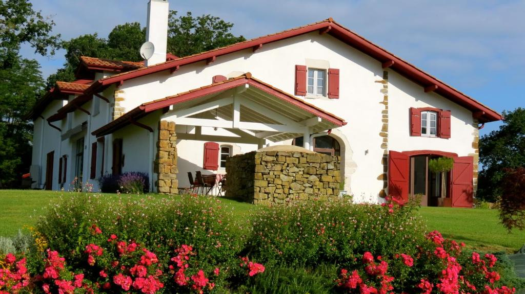 Chambres d 39 h tes maison etchebehere chambres d 39 h tes - Chambre agriculture pyrenees atlantiques ...