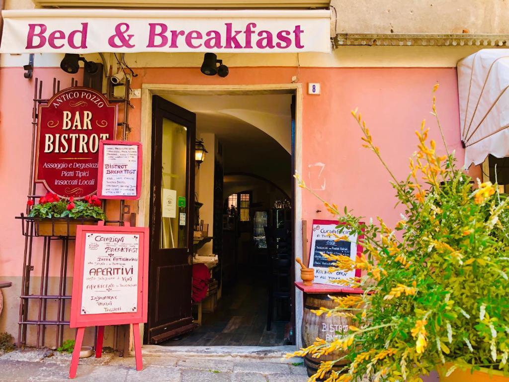 Letti A Castello Finalborgo.Antico Pozzo Bed E Breakfast Bed Breakfast Finale Ligure