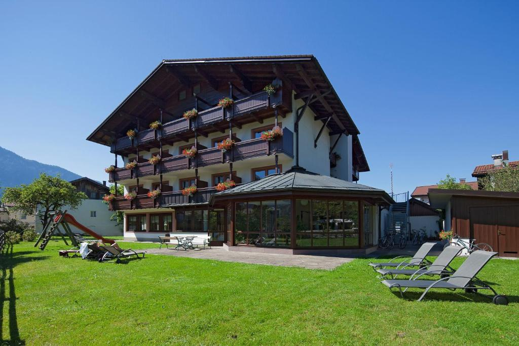 Hotel Oberwirt Booking
