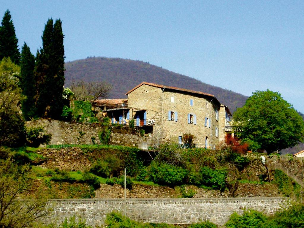 5ad9f26192a25e Gîtes Lou Pelou - Rentals in Les Vans en Ardèche (07)