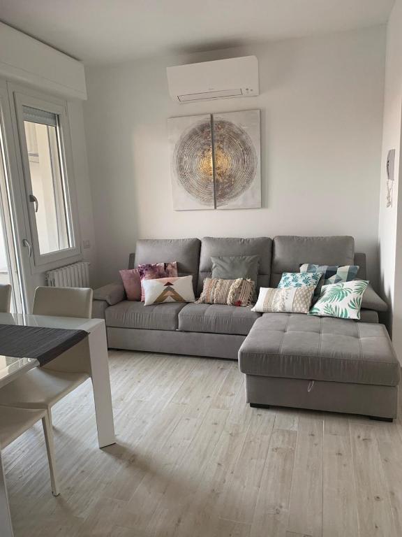 Camere Da Letto Genova.Stylish 4 Camere Appartamento In Porta Genova Naviglio Grande