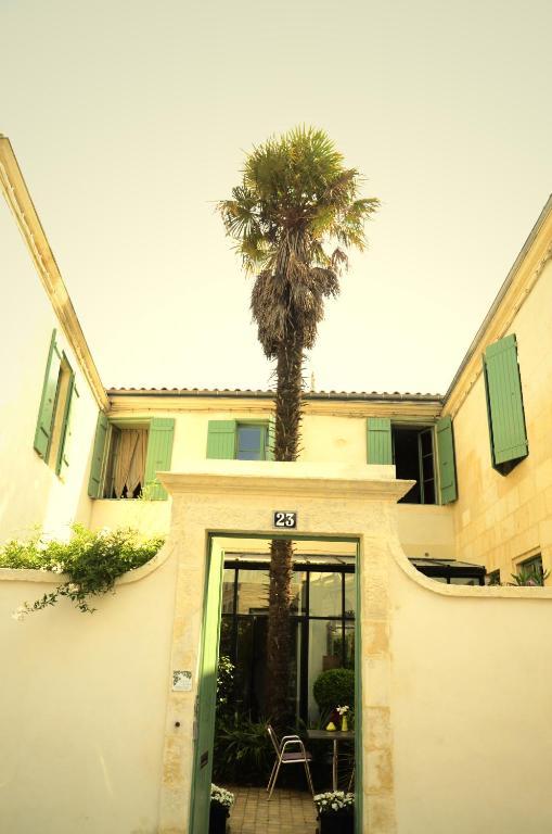 Chambres D'Hôtes La Maison Du Palmier, Chambres D'Hôtes La Rochelle