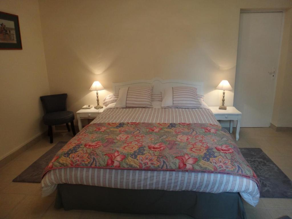Chambres d 39 h tes manoir saint hubert chambres d 39 h tes - Hotel seine et marne avec jacuzzi dans la chambre ...