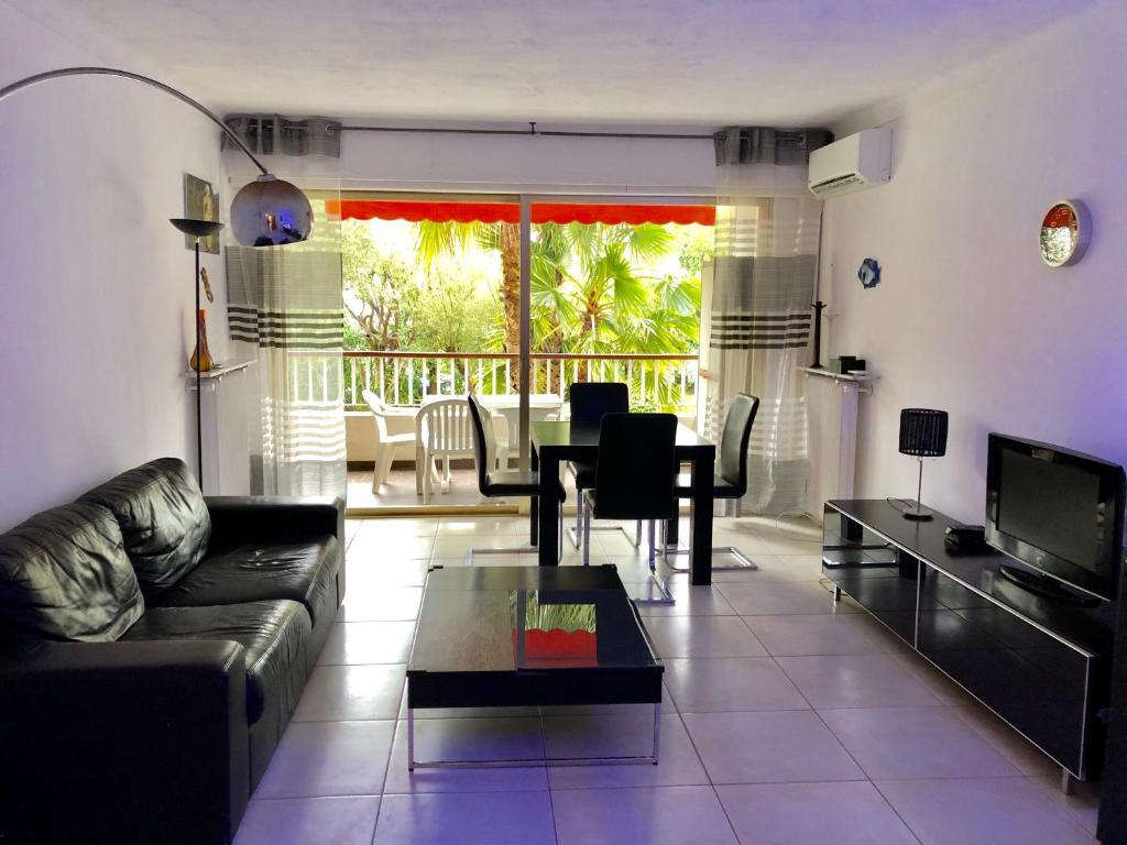 Salle De Bain Antibes appartement 2 chambres 90m2 - appartement à antibes - juan