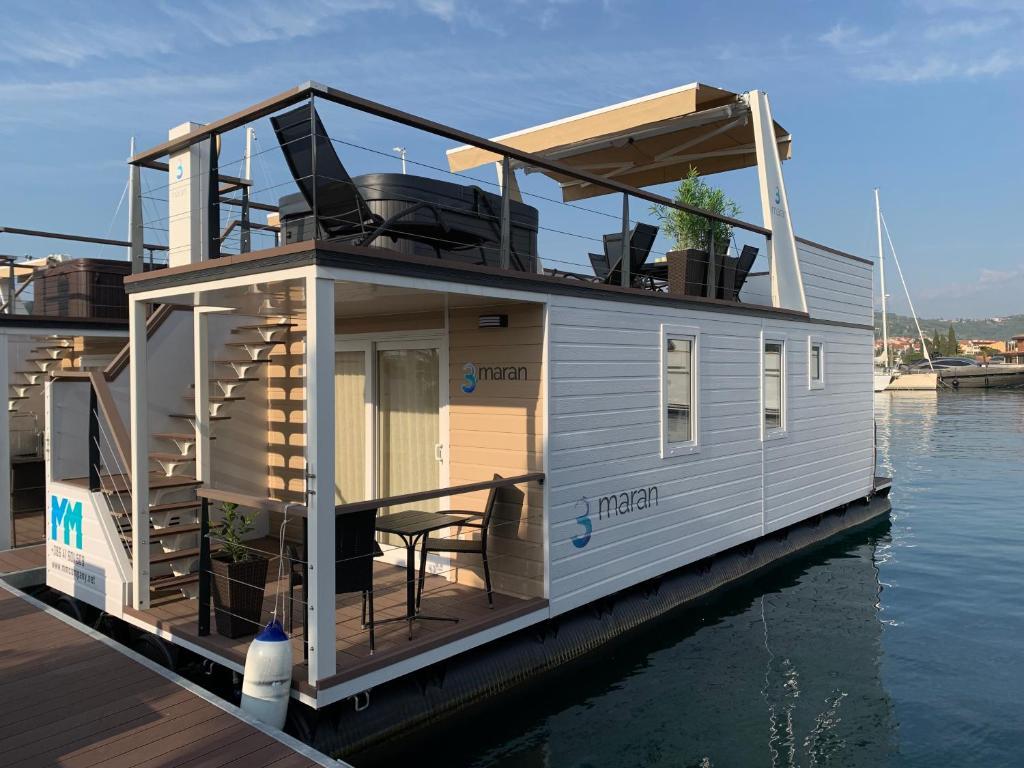 Floating House MM, Marina Portorož, Holiday home Portoroz