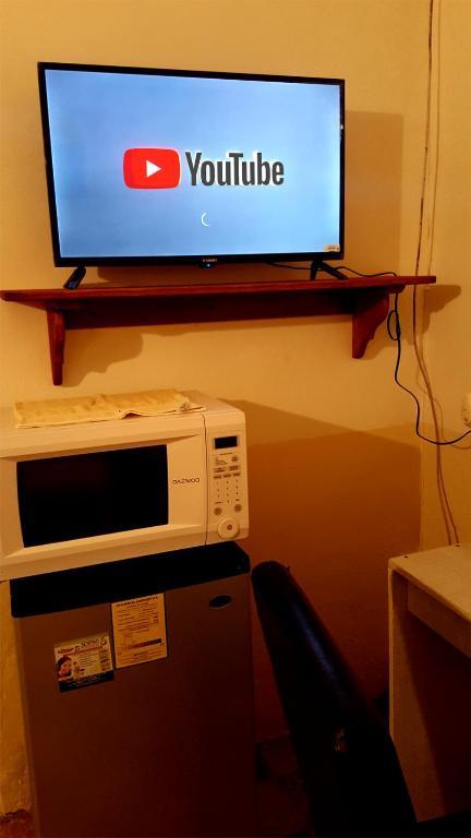 CUARTO COL CENTRO - REFRI, TV, MICRO, Bed & Breakfast ...