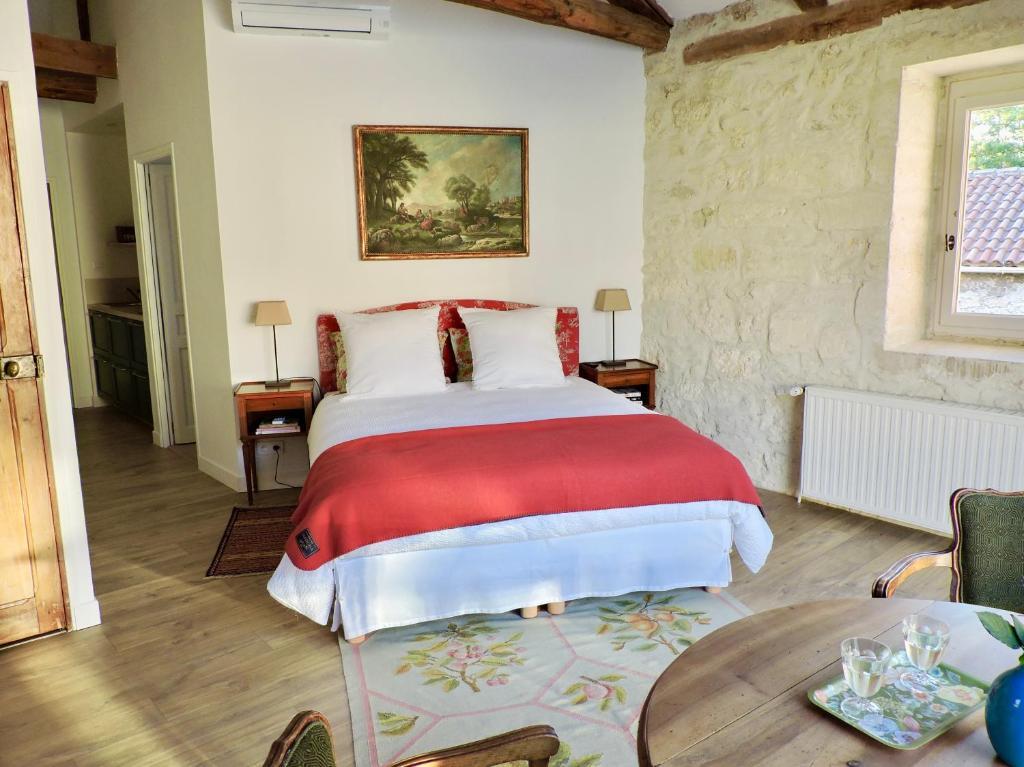 Beatrice D Avignon Avis apartments les ecuries des chartreux - apartments in