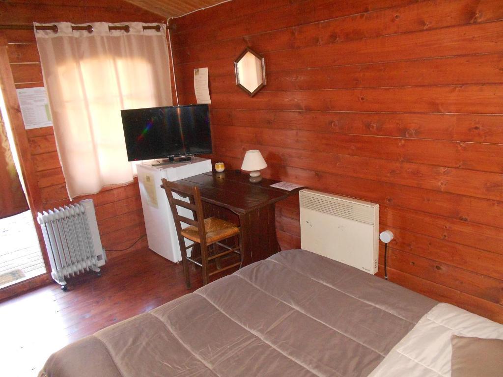 Chalet chambre Le Maloya, Tarn, Chalet Lacaune
