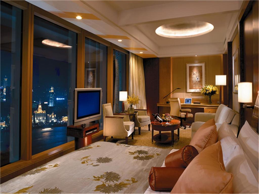 Pudong Shangri La Restaurant