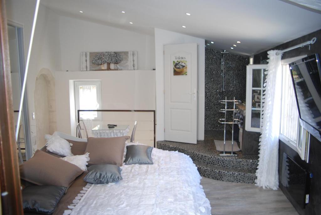 Les Chambres de Naevag, Chambres d\'hôtes Saint-Rémy-de-Provence