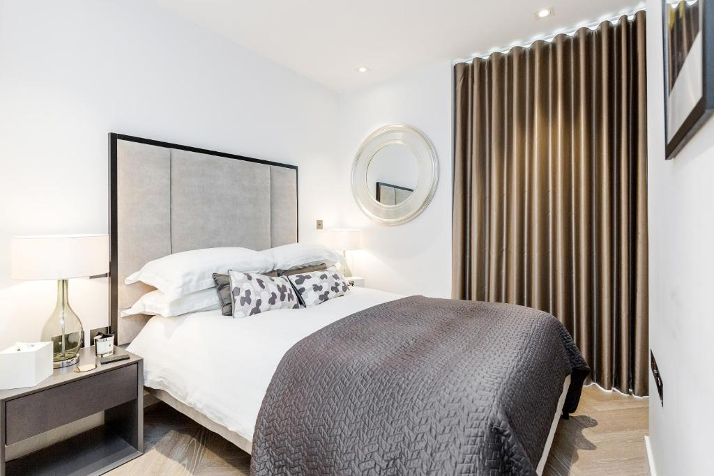 Luxury 1 Bedroom Battersea Power Station Apartment Apartment London,Nordli Bed Frame With Storage Instructions