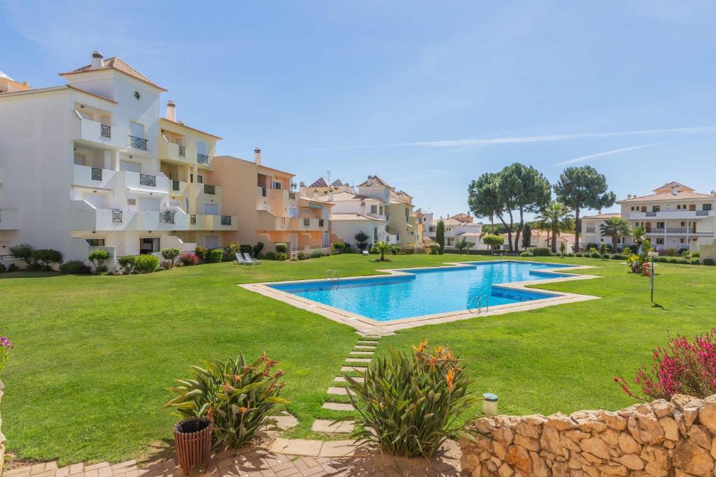 Condominio Jardins Santa Eulalia by Garvetur, Apartment ...