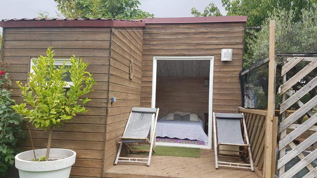 Chambre d\'hôtes Cabane au fond du jardin - Chambre d\'hôtes à ...
