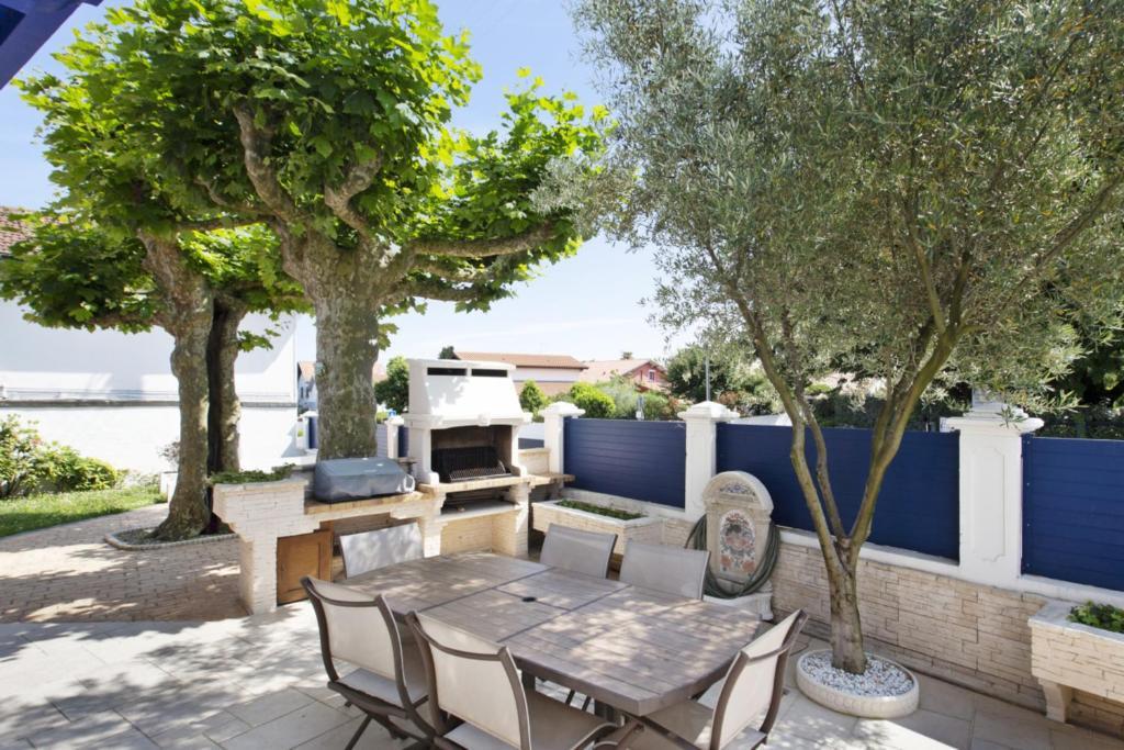 Charmante maison avec jardin et terrasse à Anglet ...