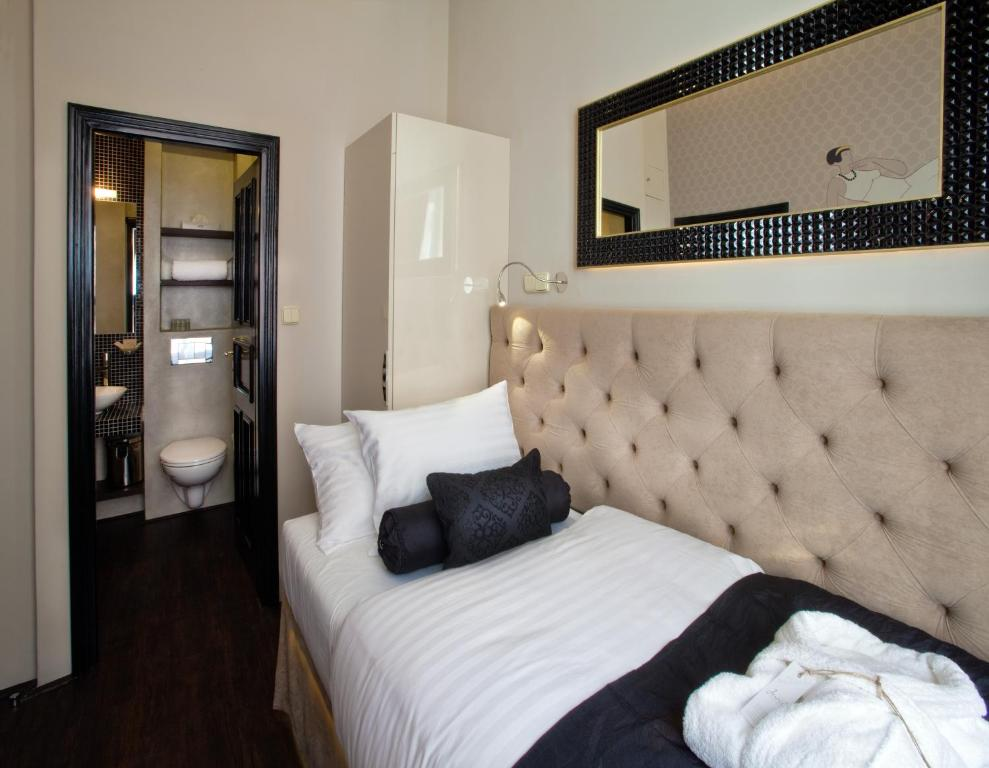 Design hotel jewel prague praga prenotazione on line for Hotel design hotel jewel prague