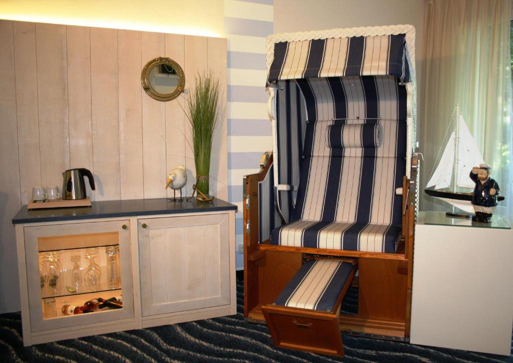 hotel am schwimmbad hofheim am taunus prenotazione on line viamichelin. Black Bedroom Furniture Sets. Home Design Ideas