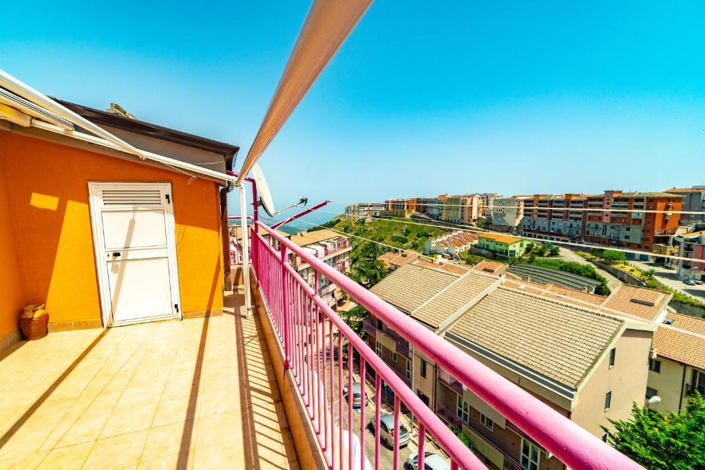 Grande Appartamento Con Terrazza Panoramica Apartment Monte