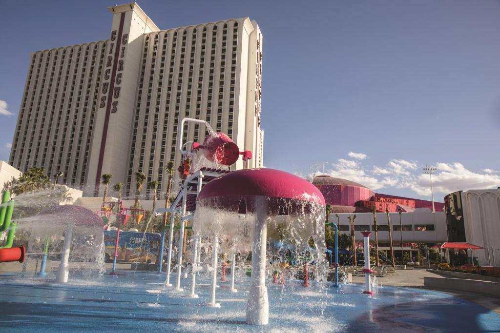 Circus Circus Hotel Casino Theme Park Las Vegas