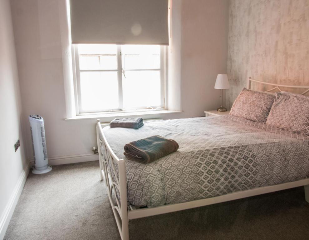 Phenomenal Stunning Shabby Chic Loft Ap Apartment Leeds Download Free Architecture Designs Grimeyleaguecom