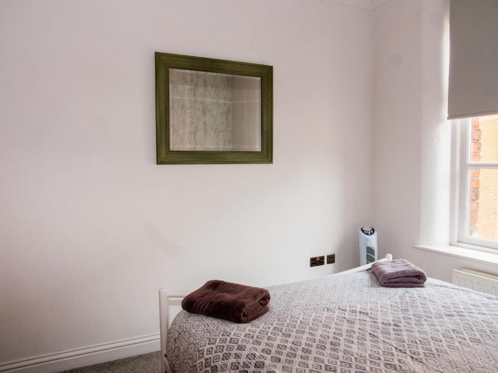 Super Stunning Shabby Chic Loft Ap Apartment Leeds Download Free Architecture Designs Grimeyleaguecom