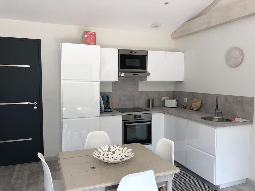 Mobilier De Jardin Merignac appartement t2 indépendant dans maison avec piscine proche