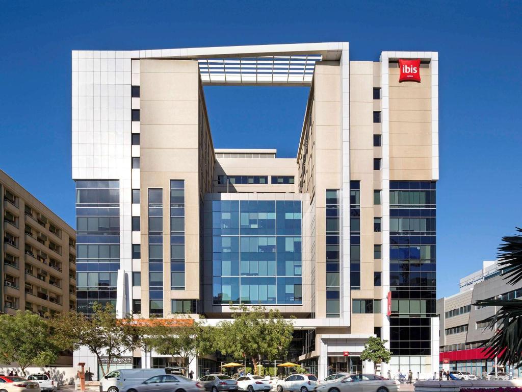 Ibis hotel дубай работа в израиле для русских вакансии