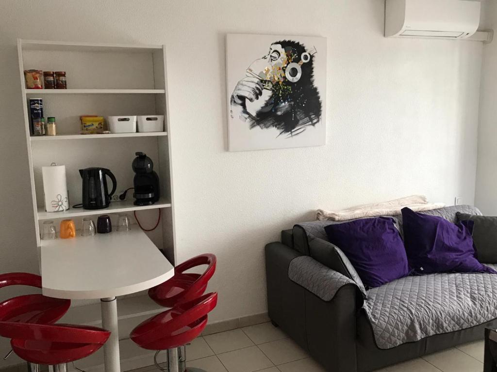 Salle De Bain Antibes appartement pratique et moderne à antibes !, appartement