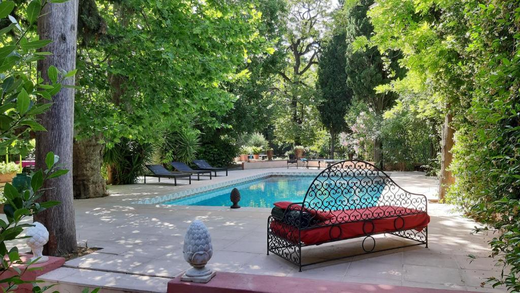 Maison de Maitre avec Jardin - Gruppenunterkunft in ...