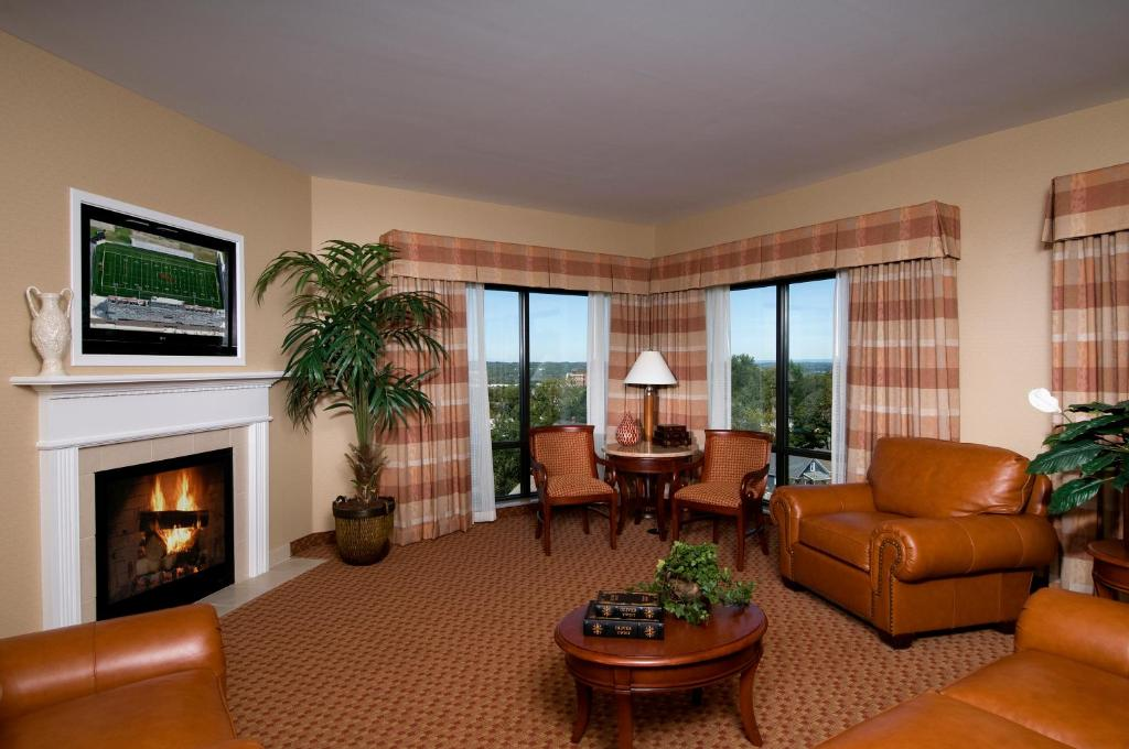 Captivating Best Western PLUS Franklin Square Inn   Troy   Book Your Hotel With  ViaMichelin