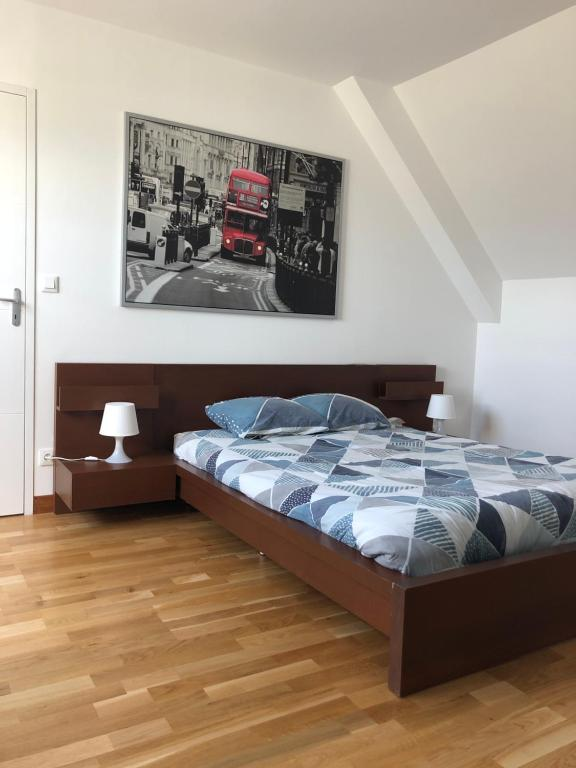 Chambre moderne et spacieuse : la campagne à la ville ...