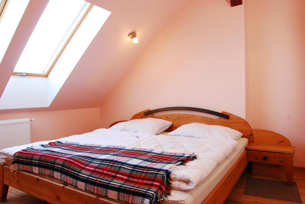 Agroturystyka gregorczyk drzonowo reserva tu hotel con for Habitaciones familiares italia