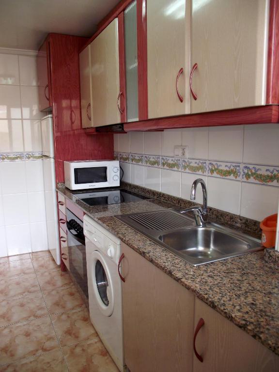 Apartamentos turisticos fresno torrevieja online booking viamichelin - Apartamentos fresno torrevieja ...