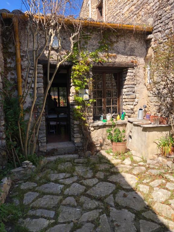 Maison pierre 128 m² Jardin terrasse 5 min Sommières ...