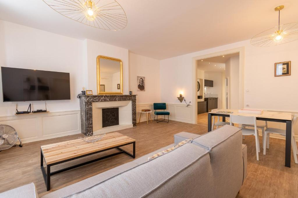 Appartement suite izambard appartement charleville m zi res - Chambre d hotes charleville mezieres ...