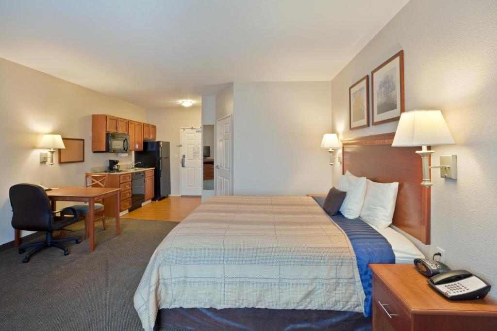 Hotels With Airport Parking Portland