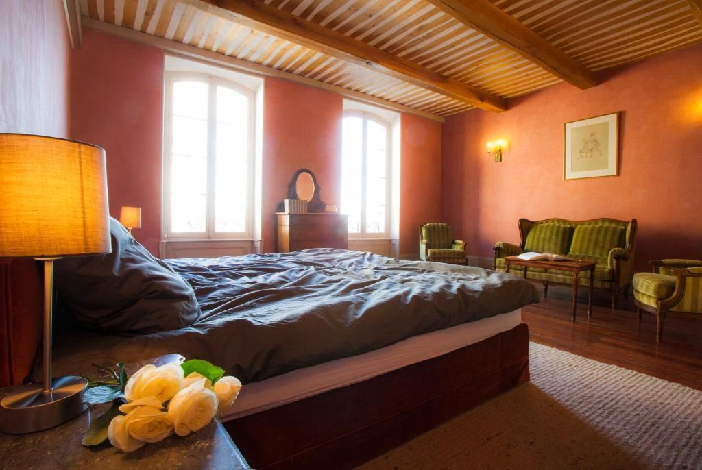 Hotel cot cour chambres d 39 hotes r servation gratuite for Reservation chambre d hotel