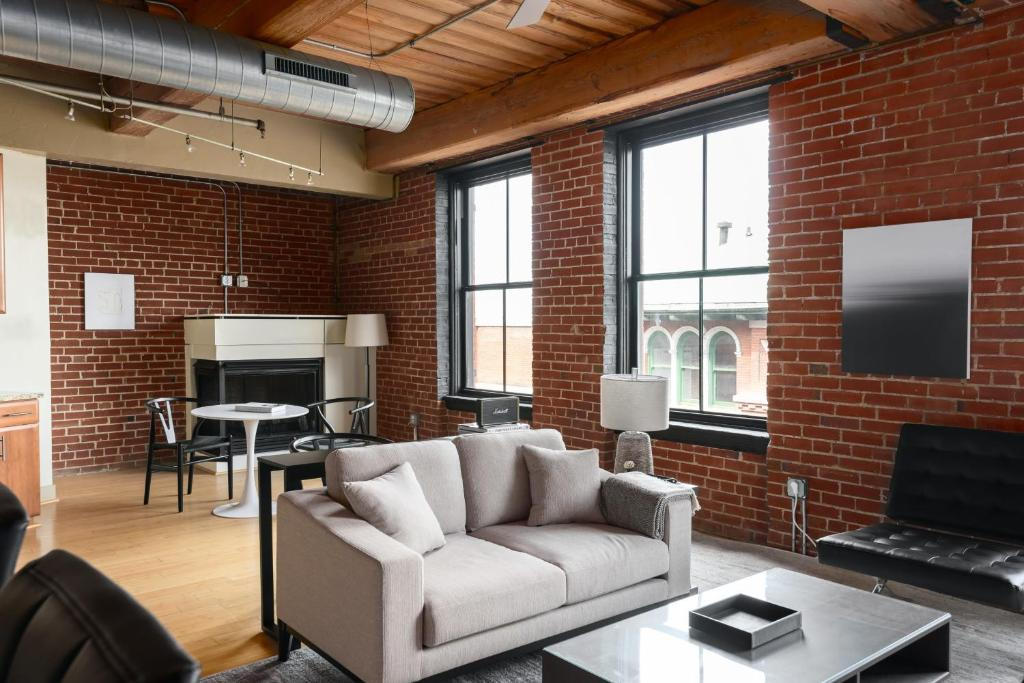 Spacious Dt 1 Bedrooms With Gym By Zencity Apartment Saint Louis