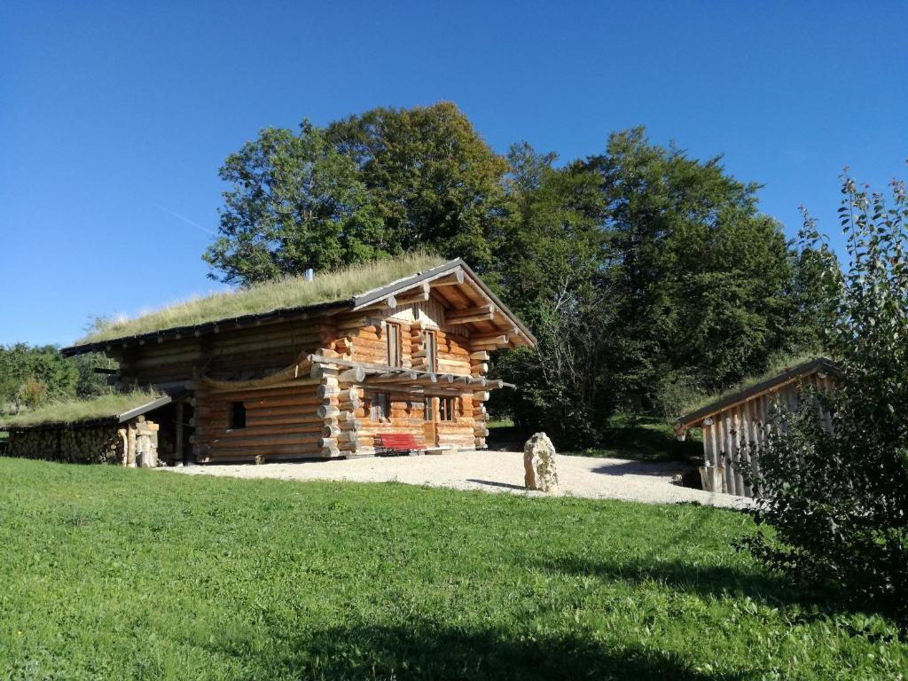 La Maison Du Bois Clairvaux secret des bois, holiday home etival
